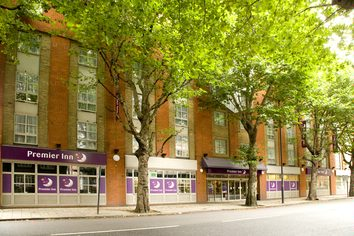 London Tower Bridge Premier Inn